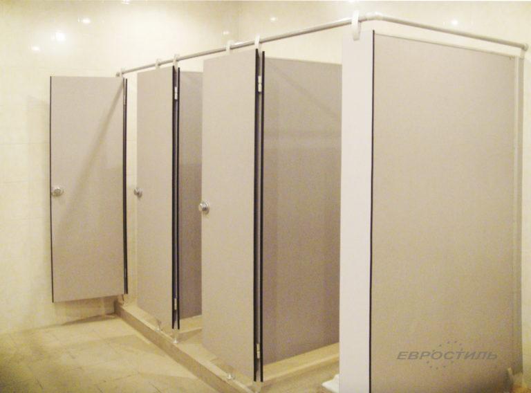 туалетная кабинка из пластика hpl