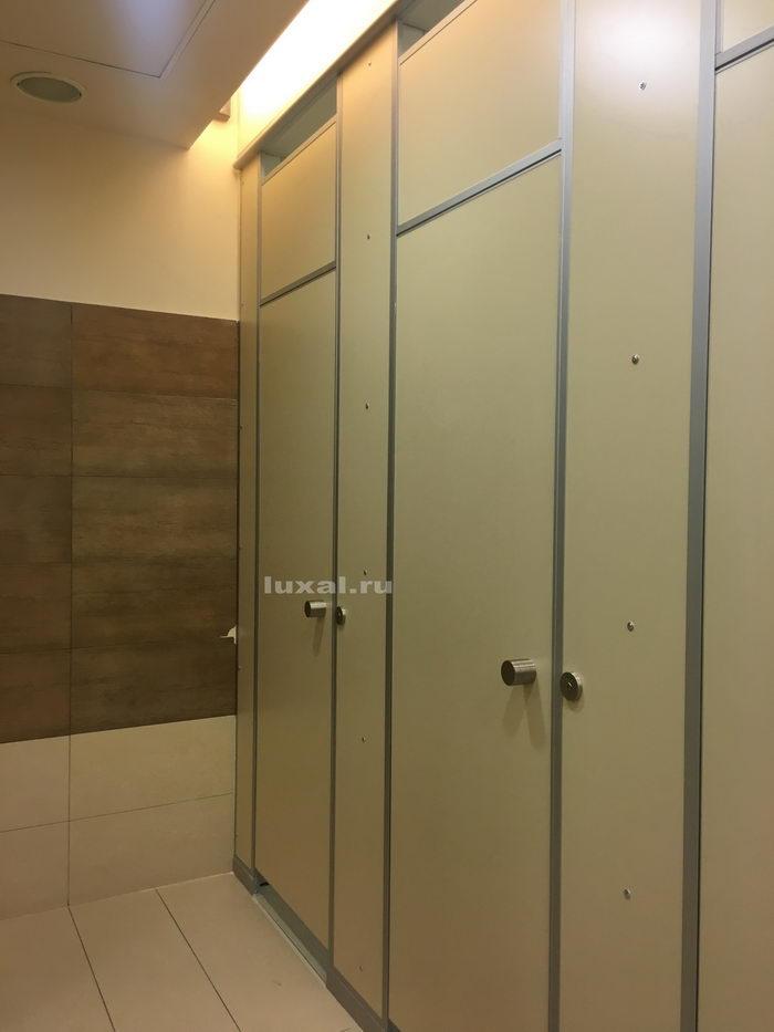 напольные туалетные сантехнические кабины для торгового центра галерея