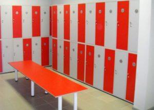 шкафчики для спортивных раздевалок