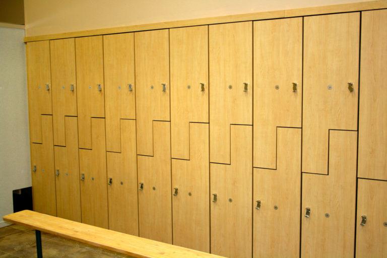 деревянные секционные шкафы
