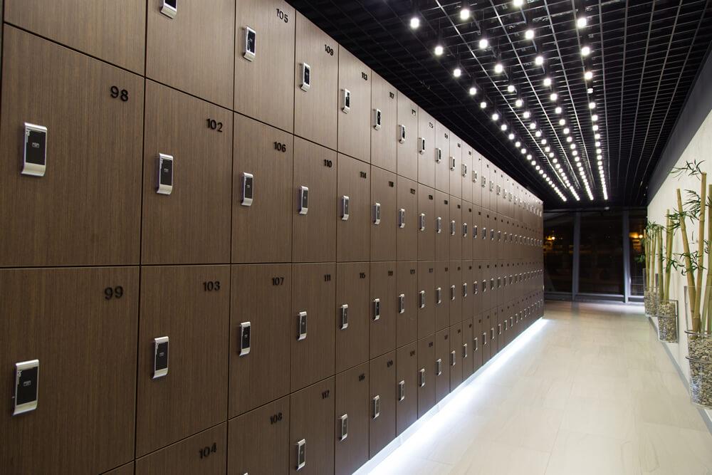 шкафчики с электронным замком фото