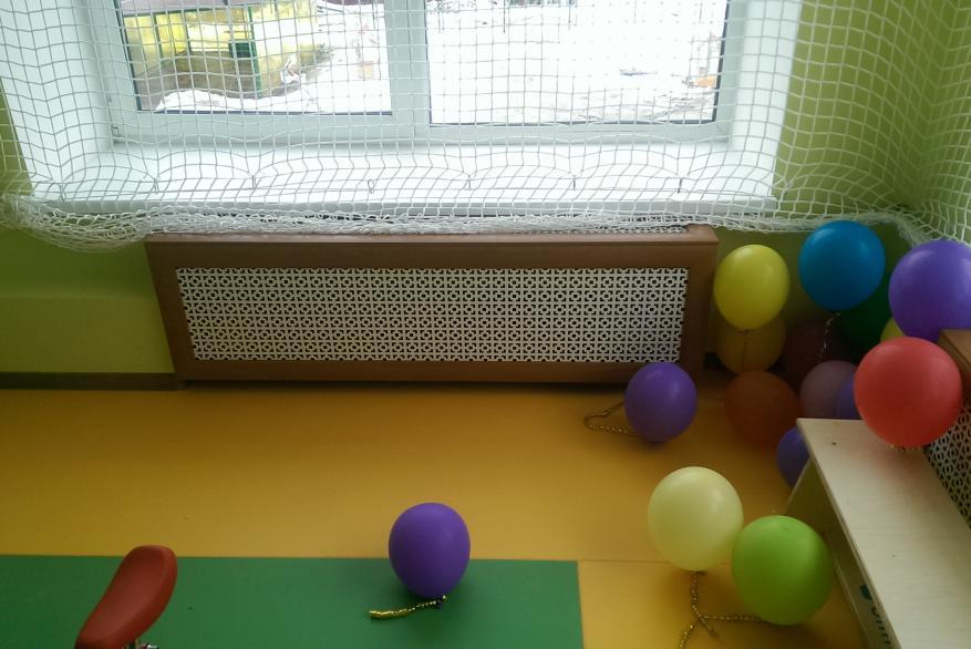 Короб на батарею для детских садов